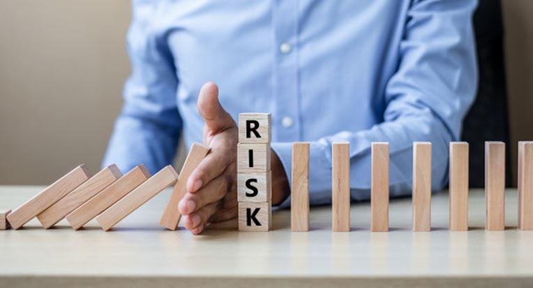 ERM Konsep & Integrated Risk Management And Internal Control