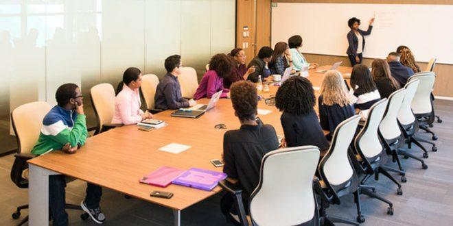 Conducting Corporate Training Curriculum